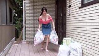 سكس ياباني ساخن ونيك فتاة يابانية جميلة من كسها الحلو سكس عربي فيديو