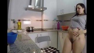 فيديو سكس هواة زوج ينيك مراته في الصباح ويصورها للعرض أمام الجميع ...